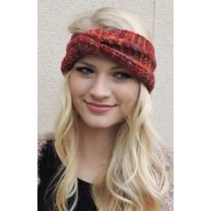 Accessories - 📌4/$20 Rust Color Knotted Sweater Headband